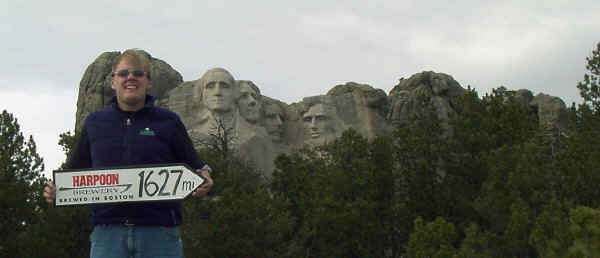 mount rushmore is 1627 miles from Harpoon